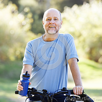 Free A Senior Man Cycling Stock Photo - 67244560