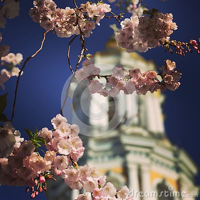Free A Stunning Spring View Of Flower-laden Parks And Monasteries In Kyiv Or Kiev, The Green Capital Of Ukraine Royalty Free Stock Images - 91232239