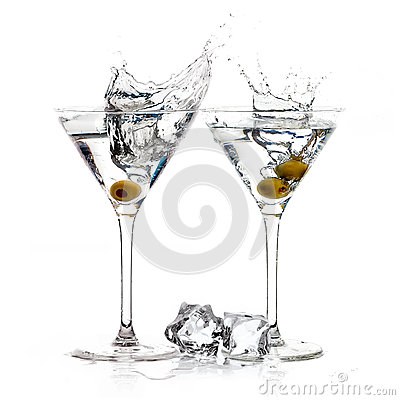 Free A Toast With Dry Martini. Cocktail. Splash Royalty Free Stock Images - 46829979