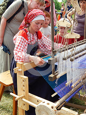 Free A Weaver. A Lesson On Weaving. Stock Photos - 65838373