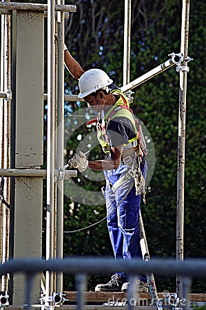 Free A Worker On A Scaffold 98 Stock Photo - 40266270