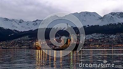 Aankomst bij de Haven van Ushuaia stock videobeelden