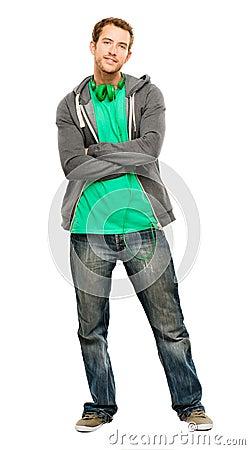 Aantrekkelijke jonge mens die hoodie het glimlachen whit achtergrondhaven draagt