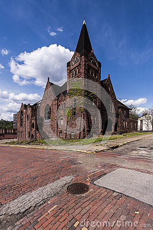 Free Abandoned Baptist Church And Red Brick Streets - McKeesport, Pennsylvania Stock Photos - 90869133