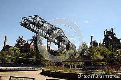 Abandoned bridge crane