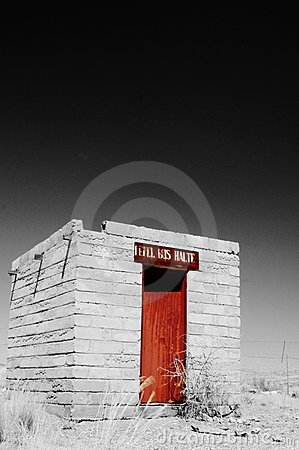 Free Abandoned Bus Stop In Namib Desert, Namibia Royalty Free Stock Images - 1578219
