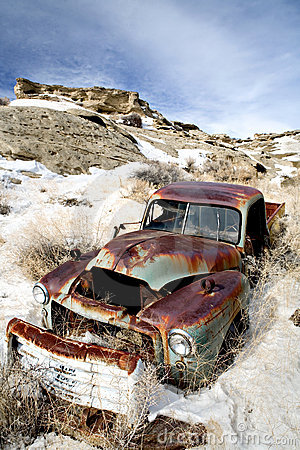 Free Abandoned Car In Snow Stock Photo - 4264480