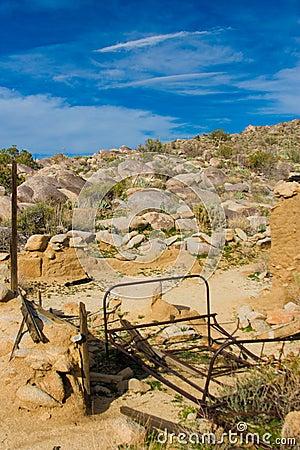 Abandoned desert homesite