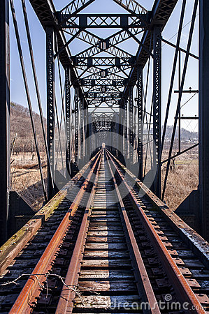 Free Abandoned Pratt Through Truss Railroad Bridge - Track View Stock Photography - 98548892