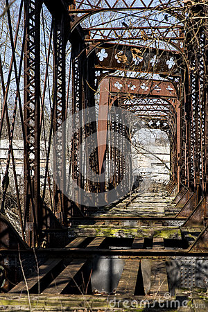 Free Abandoned Railroad Bridge - Pennsylvania Royalty Free Stock Images - 86104949