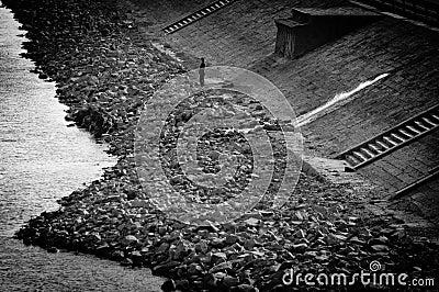 Abandoned shore