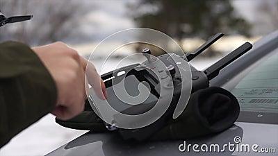 Abejón teledirigido durante invierno metrajes