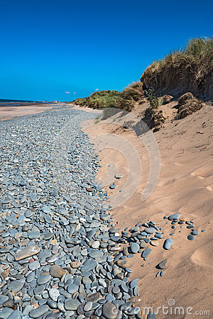 Free Aberdovey Aberdyfi Wales Snowdonia UK Vast Beautiful Seascape Holiday Destination Large Pebbles Washed Up By The Power Of The Sea Royalty Free Stock Photos - 63581968