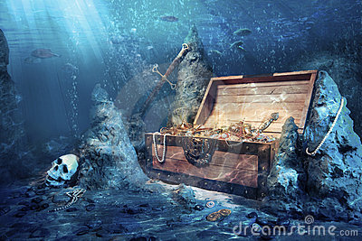 Abra el pecho de tesoro con el submarino brillante del oro