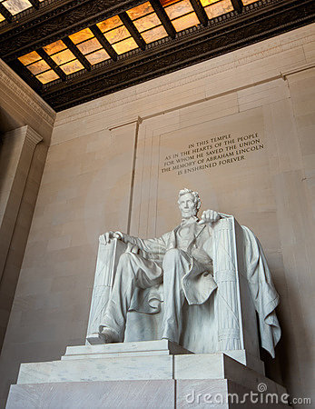 Abraham Lincoln statue in Washington DC