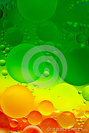 Free Abstract Design Of Oil Drops On Water Royalty Free Stock Photography - 53313347