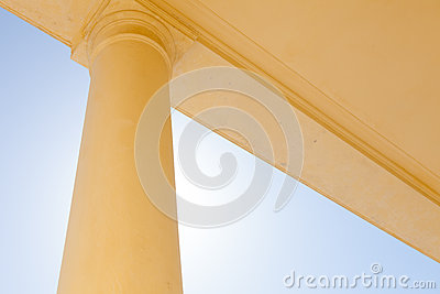 Abstract Simple Column