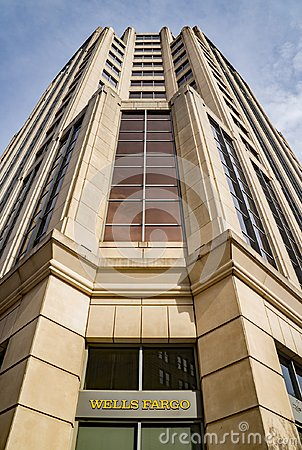 Free Abstract View Of The Wells Fargo Tower Building, Roanoke, Virginia, USA Stock Images - 104636344