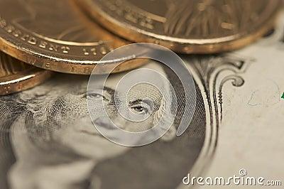 Abstrakte US-Dollar-Münzen u. Rechnungen