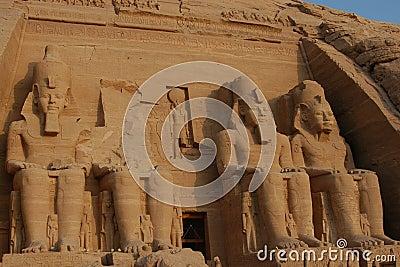 Abu Simbel colossus