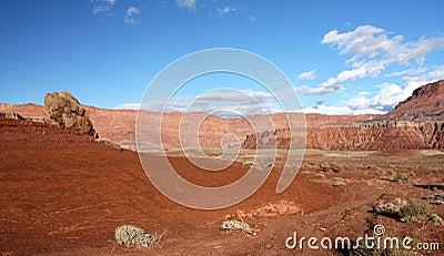 Acantilados Barranca-Bermellones yermo, Utah, los E.E.U.U. de Paria