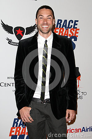 Ace Young arrives at the 19th Annual Race to Erase MS gala Editorial Stock Image