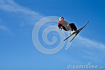Acrobatic skiing