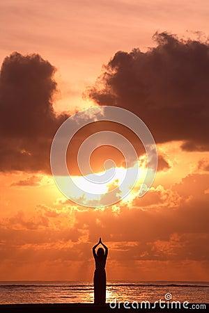 Activitiy: Yoga en la salida del sol