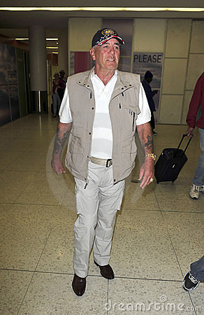 Actor/television star R Lee Ermey at LAX airport Editorial Stock Image
