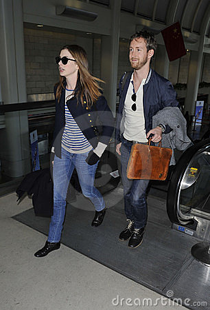 Actress Anne Hathaway & boyfriend at LAX airport Editorial Photography