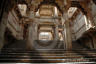 Adalaj Step well-A grand view