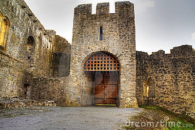 Adare Castle gate - HDR