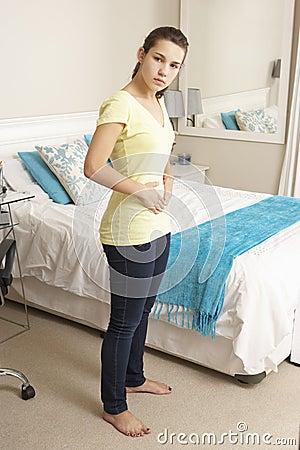 Specchio della camera da letto fotografia stock   immagine: 67000912