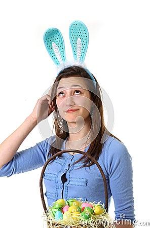 Adolescente com orelha do coelho