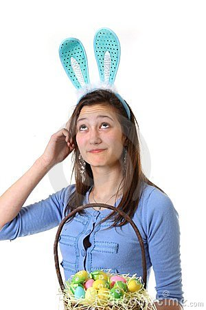 Adolescente con el oído del conejito