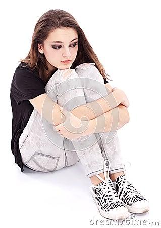 Adolescente triste de la muchacha