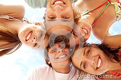 Adolescentes felizes