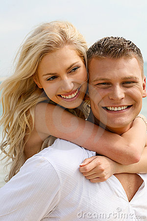 Free Adoring Couple Royalty Free Stock Photography - 9709887