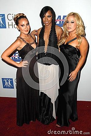 Adrienne Bailon, Hilary Duff, Kiely Williams, Sabrina Bryan Editorial Stock Image