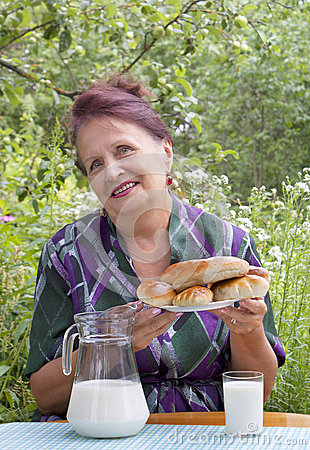 The adult female and appetizing baked house pies