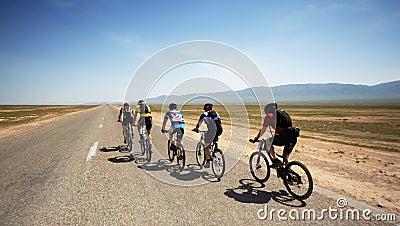 Adventure mountain bike maranthon in desert Editorial Photography