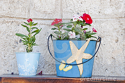 Aegean flowerpots