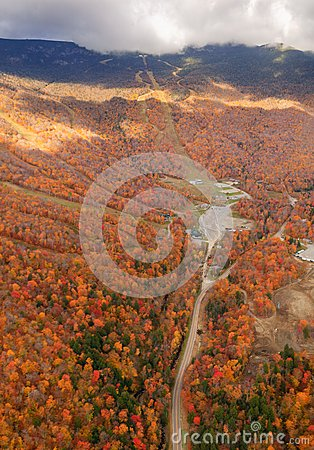 Free Aerial View Of Fall Foliage In Stowe, Vermont Stock Image - 38265161