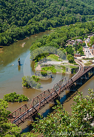 Free Aerial View Of Harpers Ferry Train Tracks, West Virginia Seen From Maryland Heights Overlook Royalty Free Stock Photography - 96217837