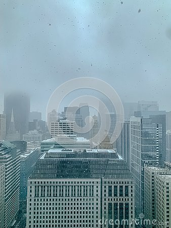 Free Aerial View Of Skyscrapers On A Foggy, Snowy Day In Chicago During January Royalty Free Stock Photos - 137989898