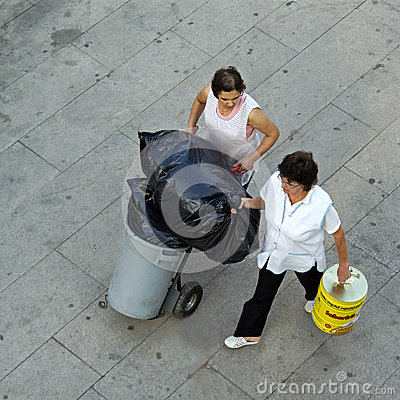 Free Aerial View Of Working Cleaning Women, Portugal Royalty Free Stock Photography - 36007407