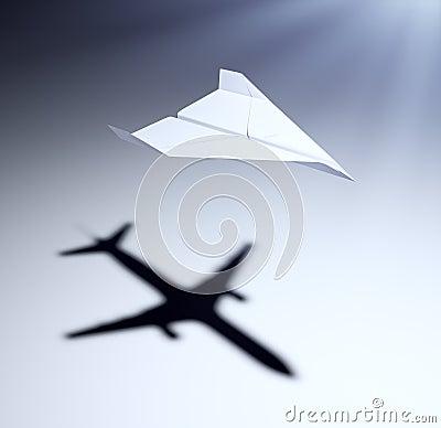 Aeroplano di carta con le grandi aspirazioni immagine for Grandi jet d affari in cabina