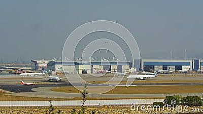 Aeroporto di Chek Lap Kok, time lapse archivi video