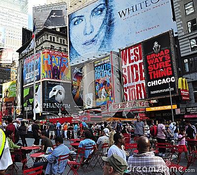 Affischtavlabroadway stad New York Redaktionell Arkivbild