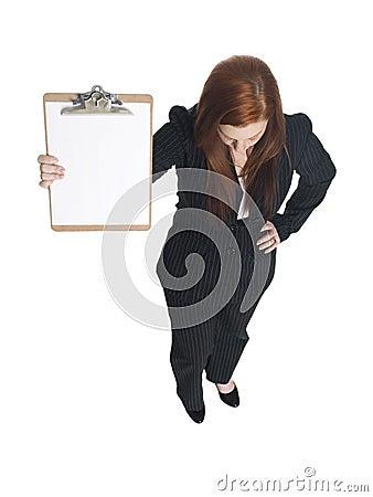Affärskvinna med clipboarden